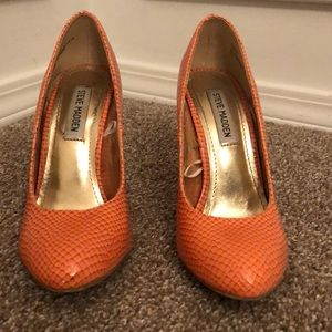 Orange Steve Madden size 7.5 heels